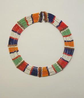 Small pattern necklace (Emankeki kiti oo muatat)