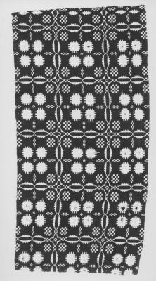 Coverlet:  Four Snow Balls Pattern