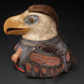 Eagle war helmet