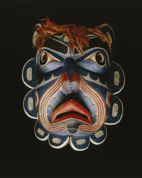 Mask of Ḱumugwe' (Chief of the Sea)